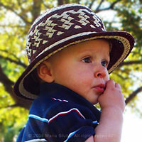 Vueltiaito n.2. A baby take on the Colombian vueltiao hat